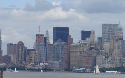 - AMERICA NEW YORK